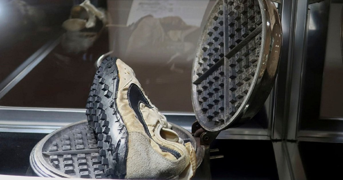"""n3 2.jpg?resize=1200,630 - Pair Of Nike """"Moon Shoes"""" A Man Got For Free In The 1970's Was Sold For $437,500 At An Auction"""