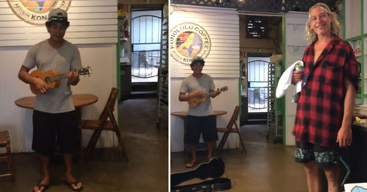 singers.jpg?resize=412,275 - Coffee Shop Musician Sang A Duet With A Stranger Without Realizing He Was The Original Artist Of The Song