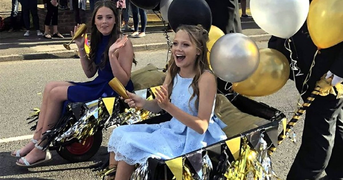 w4.jpg?resize=412,232 - Two Girls Went To Their School Prom Riding Wheelbarrows In Order To Donate The Limo Money To Charity