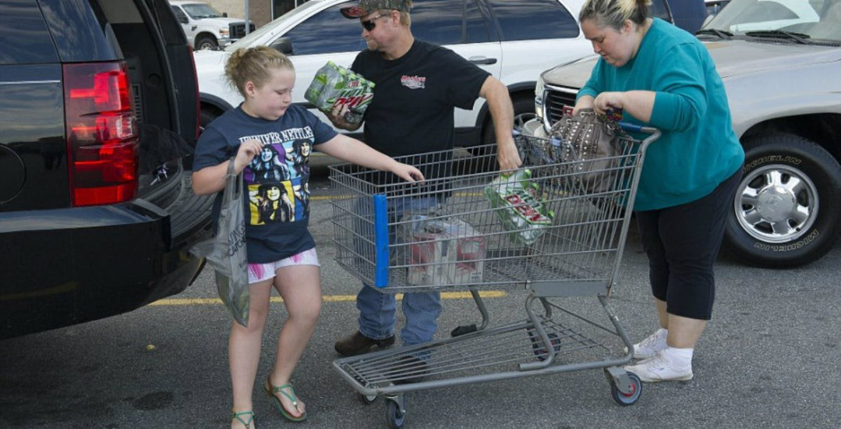 walmart moms.jpeg?resize=412,232 - 15 Pictures Of The Worst Moms Of Walmart Ever