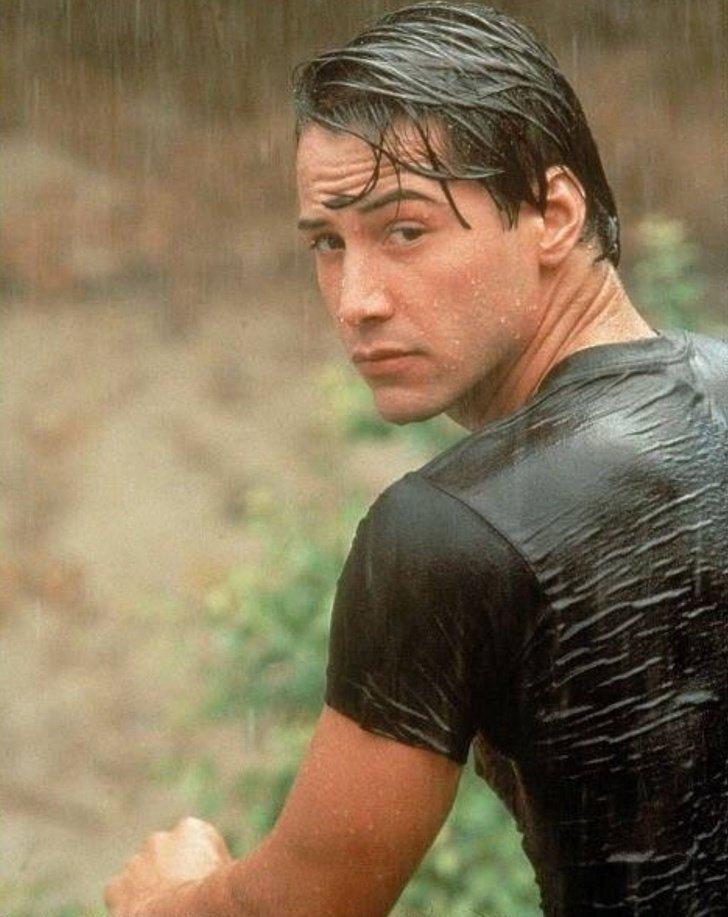 9 Principales razones por las cuales todos aman a Keanu Reeves (En realidad, hay más de mil)