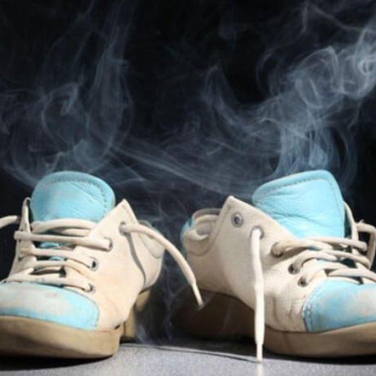 Resultado de imagen de eliminar malos olores zapatos