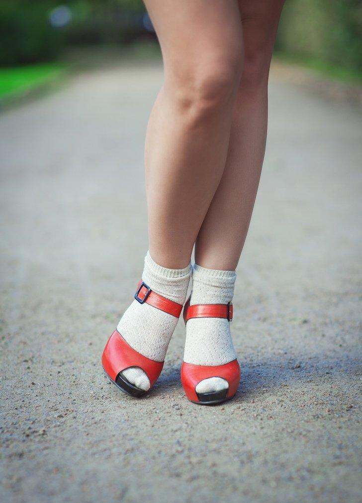 14Trucos para aguantar todo undía usando zapatos detacón