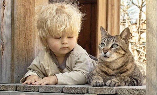 crianças-com-gatos-17