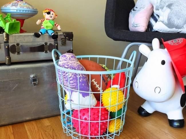 ideias-para-guardar-as-coisas-no-quarto-das-crianças-1