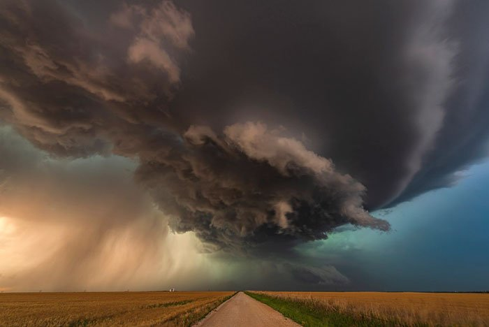 Between Waynoka And Enid, Oklahoma, Usa, John Finney