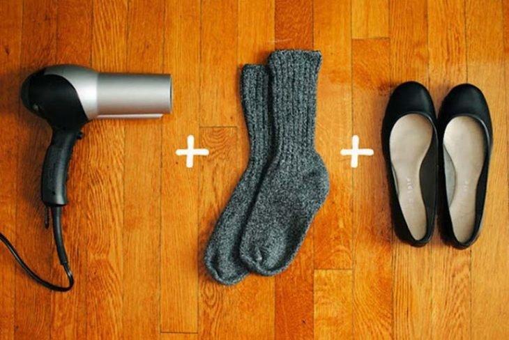 Suma de calcetines y secadora de cabello para ablandar los zapatos