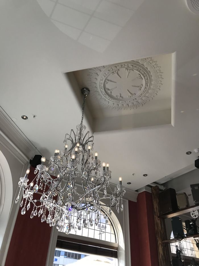 This Chandelier At A Restaurant I Ate At Bothers Me So Much