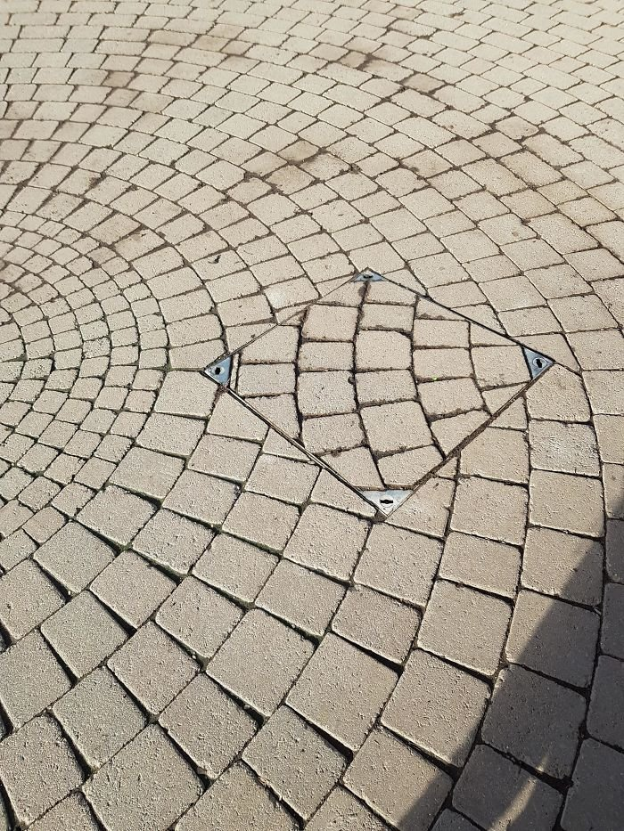 I Put The Manhole Cover Back, Boss
