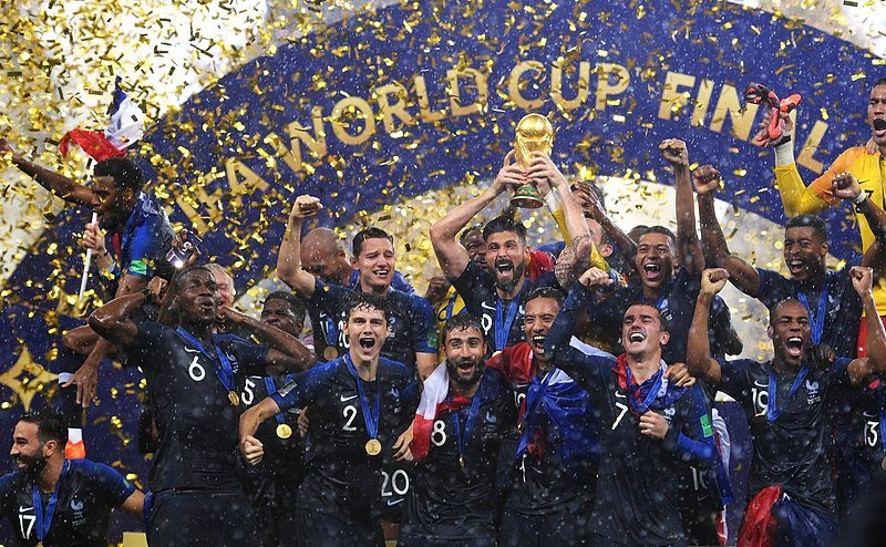 "800px france champion of the football world cup russia 2018.jpg?resize=412,232 - Emmanuel Macron salue le fait que ""la France a une part d'Afrique en elle"""