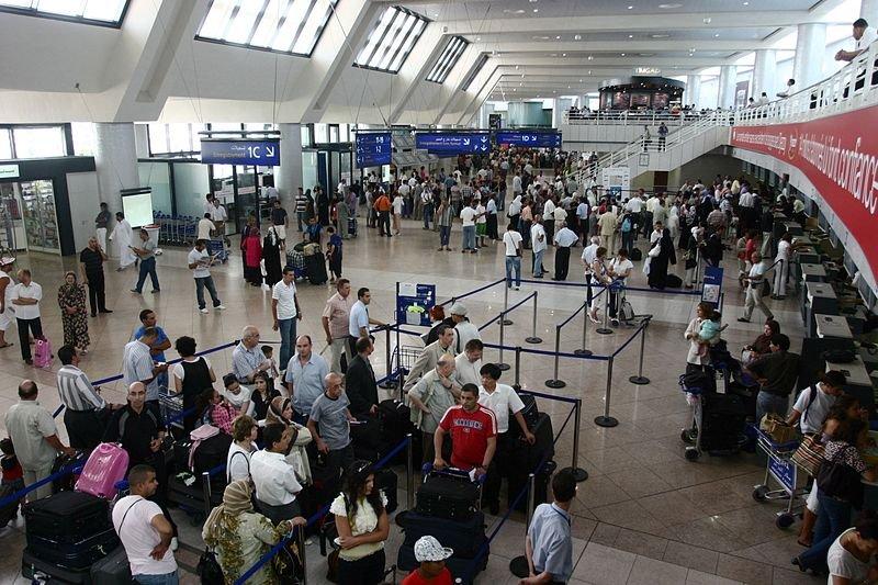 aeroport.jpg?resize=300,169 - Réforme des retraites: Les hôtesses, les stewards et les pilotes sont appelés à manifester le 16 septembre