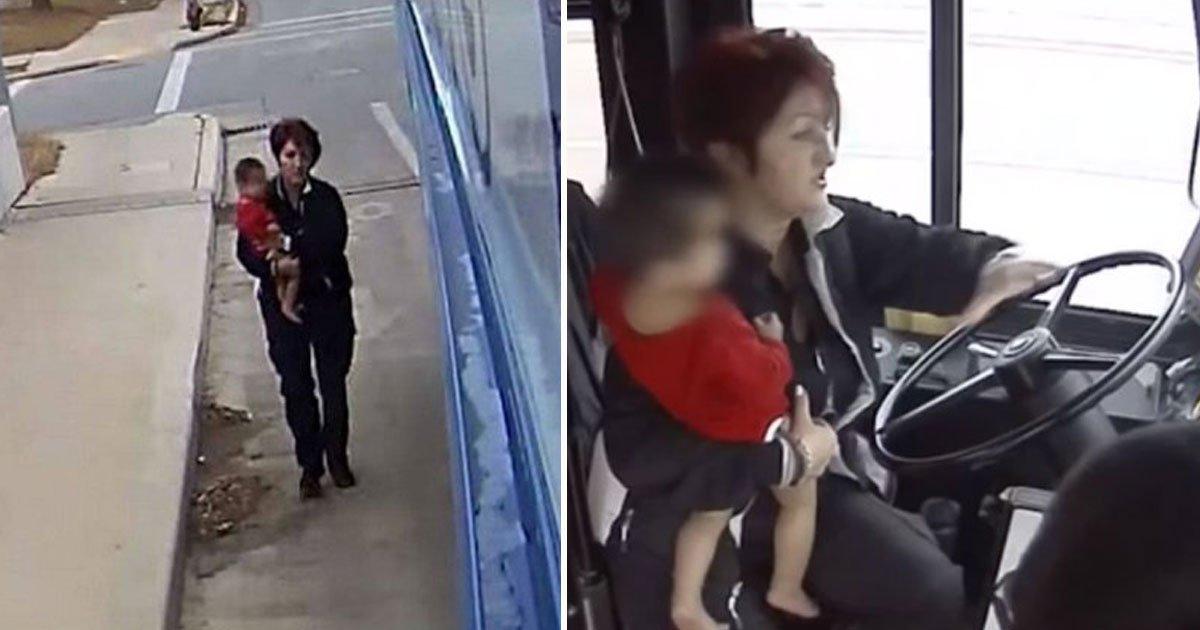 bus driver rescues child.jpg?resize=300,169 - Un chauffeur de bus a trouvé un enfant tout seul, pieds nus, sur une d'autoroute par un temps froid