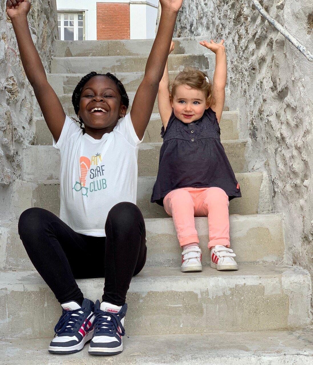 cite2.jpg?resize=1200,630 - Dans les Yvelines, une famille accueille des enfants qui vivent dans des HLM pour les vacances