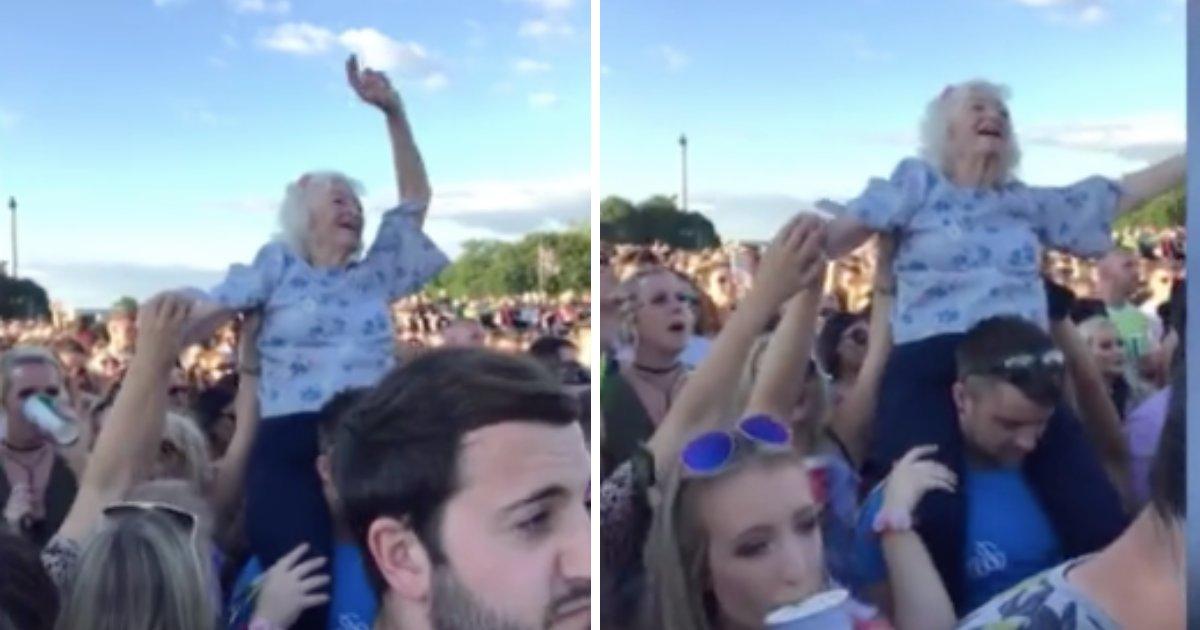 d6 2.png?resize=412,232 - Une vidéo montre une femme âgée s'amuser au festival de musique TRNSMT sur les épaules d'un jeune homme