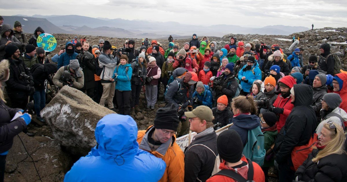 featured image 40.jpg?resize=1200,630 - Iceland Held A Funeral For Its First Glacier Lost To Climate Change