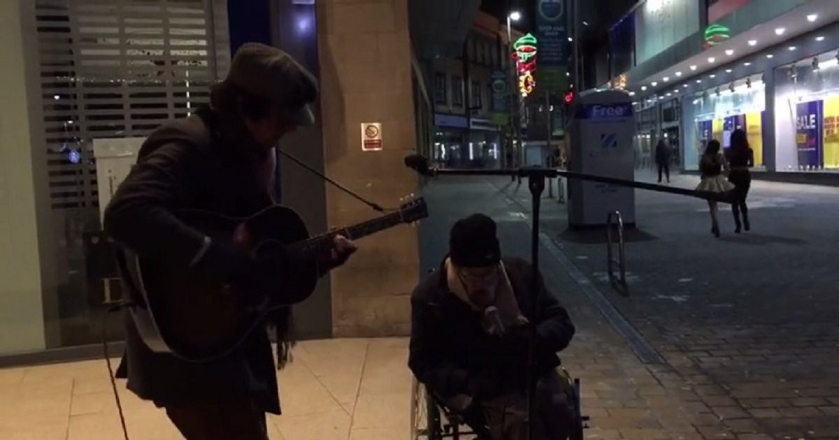 h3 5.jpg?resize=1200,630 - Amazing Street Jam Happened When A Homeless Man Asked A Busker If He Can Sing With Him