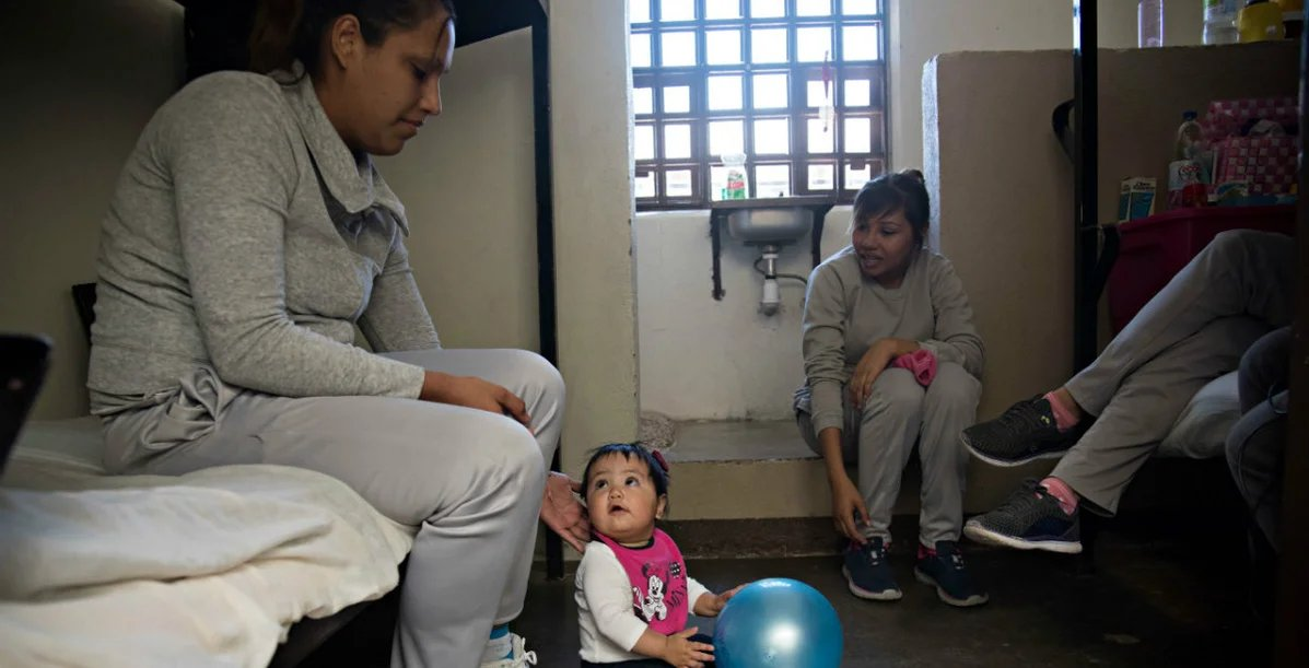 prison preg.jpeg?resize=1200,630 - 15 Photos That Show The Life Of Pregnant Women In Prison