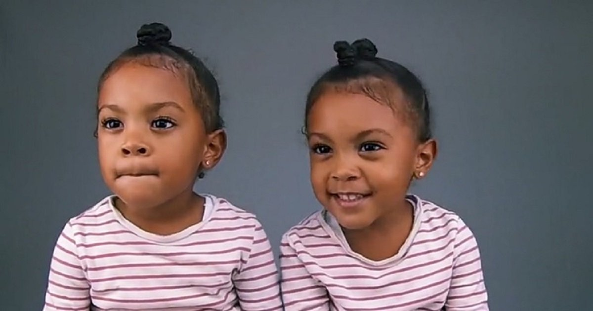 t3 2.jpg?resize=412,232 - These Girls Got Excited When They Find Out What It Means To Be Identical Twins
