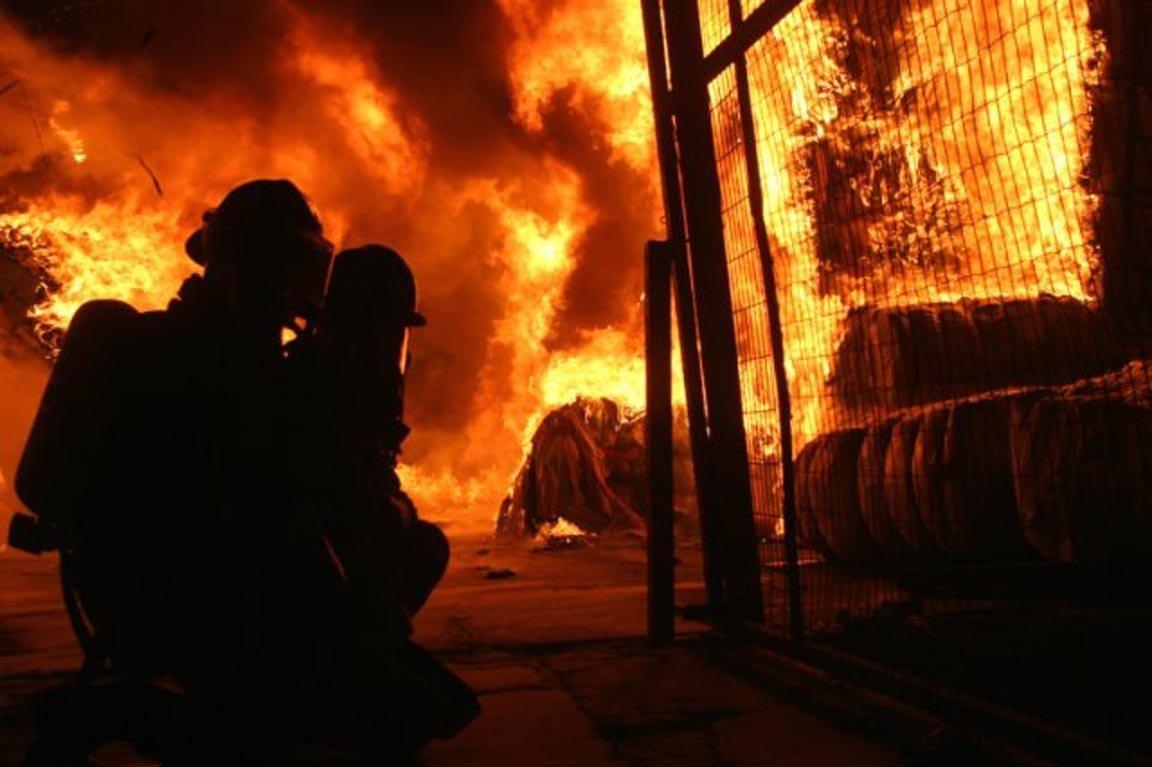 Resultado de imagen de caminar agachado incendio