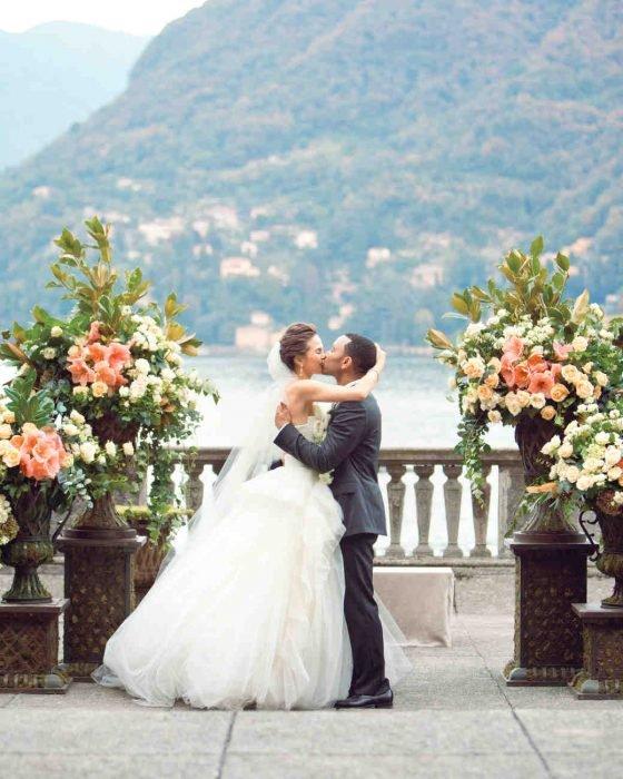 Chrissy Taigen y john lagend el día de su boda