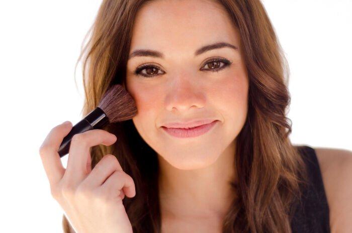 trucos de maquillaje rubor