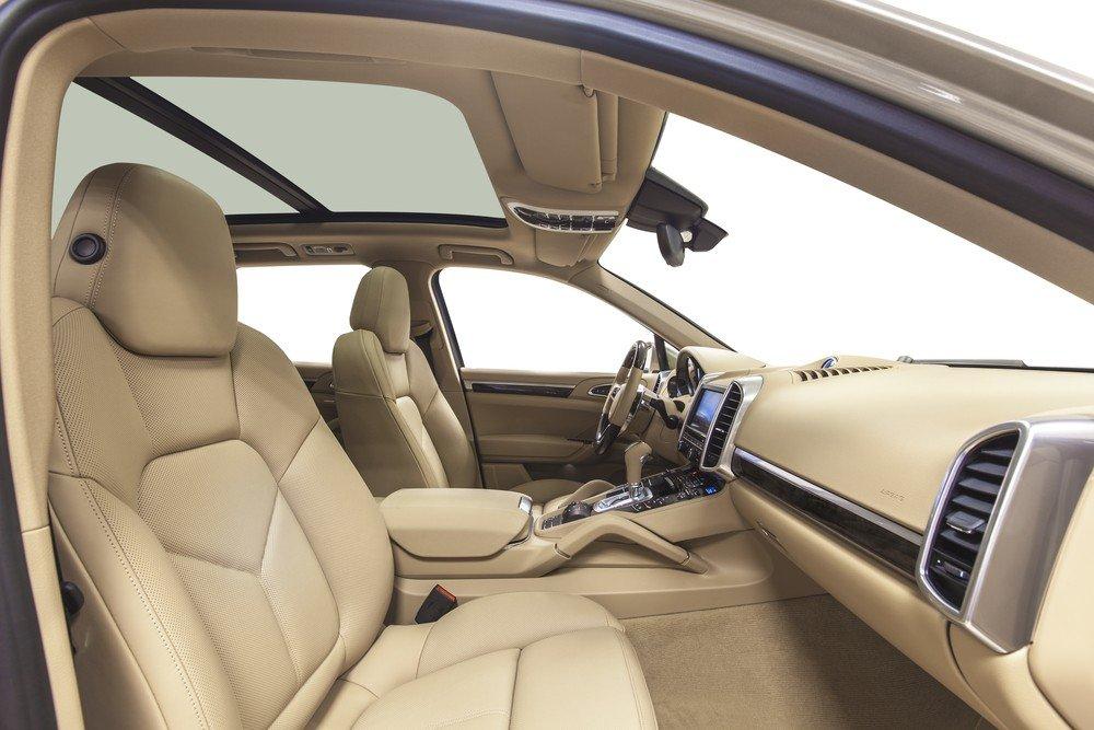 Resultado de imagen de interior coche