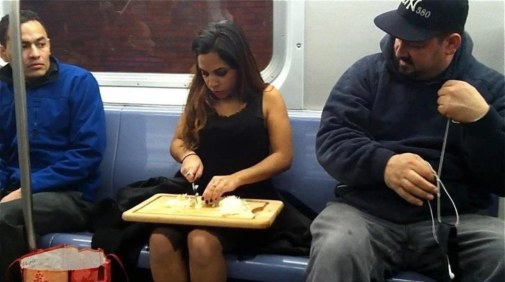 26 People Who Manage to Stay Calm in the Most Crappy Situations