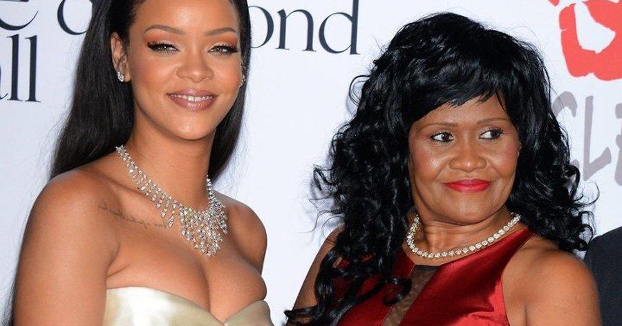 a6 10.jpg?resize=412,275 - Veja como são as mães de 14 famosos que o público adora