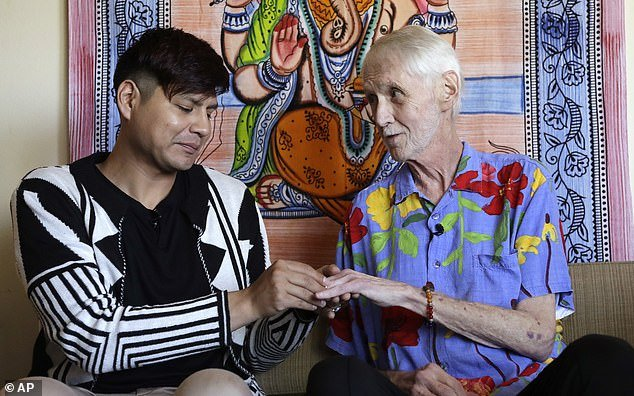 ap.png?resize=1200,630 - Terminally Ill Man Chose To 'Pass Away With Dignity' In A Ceremony After Marrying His Partner