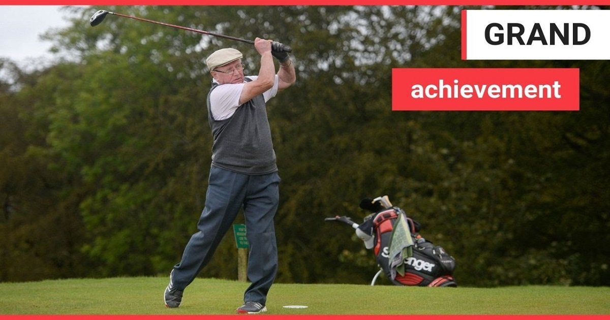 g3 2.jpg?resize=412,232 - A Great-Granddad Was Delighted At Finally Having Scored The First Hole-In-One In His Life