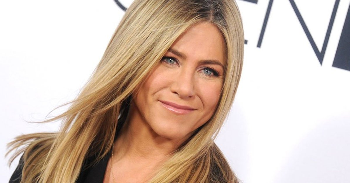jennifer aniston confessed she is fine with turning 50 but there is one part of her she wont let age.jpg?resize=1200,630 - Jennifer Aniston Confessed She Is Fine With Turning 50