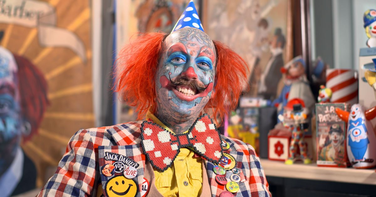 permanent clown richie the barber.jpg?resize=1200,630 - A Tattooed Permanent Clown, Who Is Unlucky In Relationships, Says He Loves What He Does And Doesn't Regret Anything