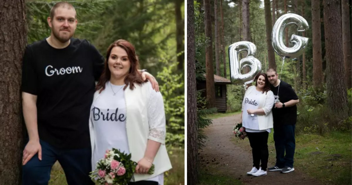 s3 11.png?resize=300,169 - Un couple a abandonné la robe blanche traditionnelle et le costume sur mesure pour se marier en jeans et en t-shirts