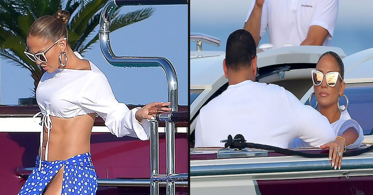 untitled 1 12.jpg?resize=1200,630 - Jennifer Lopez Showed Off Her Flawless Body At A Birthday Party In St. Tropez