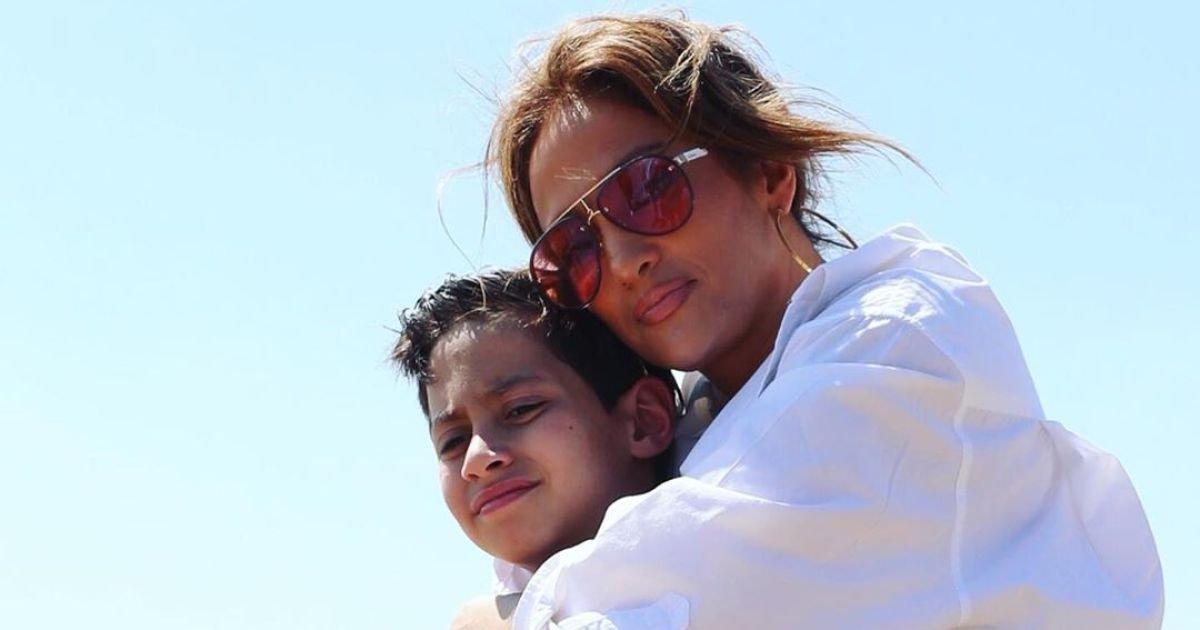 z 1.jpg?resize=300,169 - Le fils de Jennifer Lopez l'accompagnera à l'autel lors de son mariage avec Alex Rodriguez