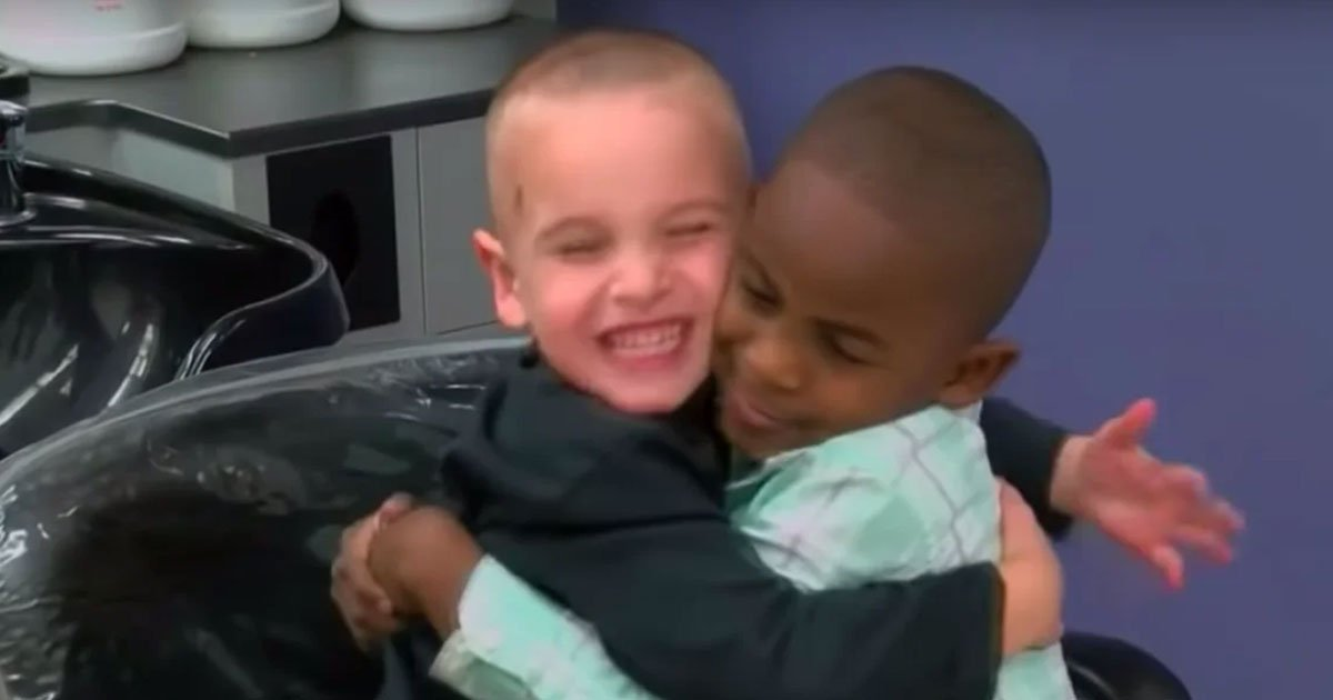 5 year old boy planned to trick teacher with haircut like his best friend.jpg?resize=412,232 - Adorable Little Boy Got The Same Haircut As His Best Friend To 'Trick' His Teacher So She Won't Be Able To Tell Them Apart