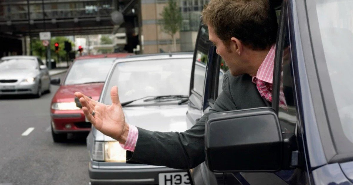 a 38.jpg?resize=412,232 - Showing Offensive Hand Gestures In Road Rage Could Land You A Hefty $1,250 Fine In Britain