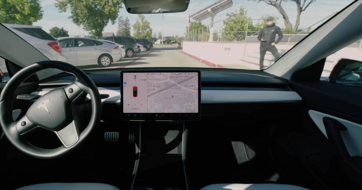 a 50.jpg?resize=412,232 - Accident Liability Related To Tesla's 'Smart Summon' Feature Stays With Drivers, Lawyers Said