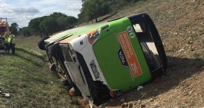 flixbus.jpg?resize=1200,630 - L'accident d'un car Flixbus dans le département de l'Aude a tué une personne et fait 17 blessés
