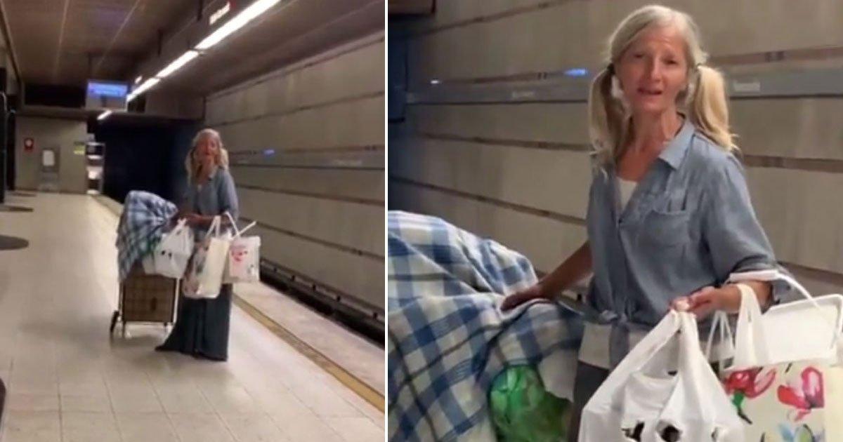 homeless woman singing sensation.jpg?resize=300,169 - Une femme sans abri est devenue une sensation Internet après avoir fait un spectacle dans le métro
