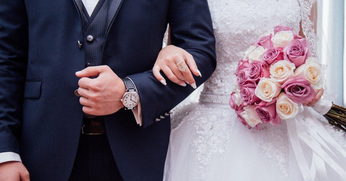 "people 2595862 1920 1.jpg?resize=412,275 - ""결혼 1달된 신혼부부인데 아내가 너무 소름돋습니다"""