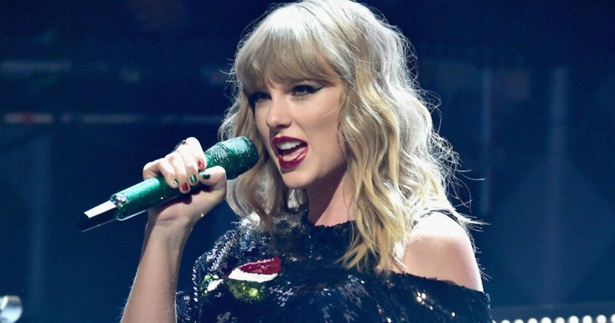 Taylor Swift Will Be Honored As Artist Of The Decade At American Music Awards This Year Small Joys
