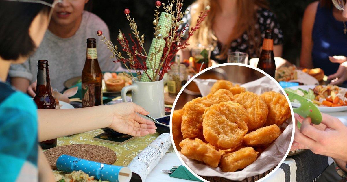 untitled design 19.png?resize=412,232 - Les amis d'une femme végétarienne lui font manger du poulet alors qu'elle est saoule, le lendemain, elle porte plainte contre eux
