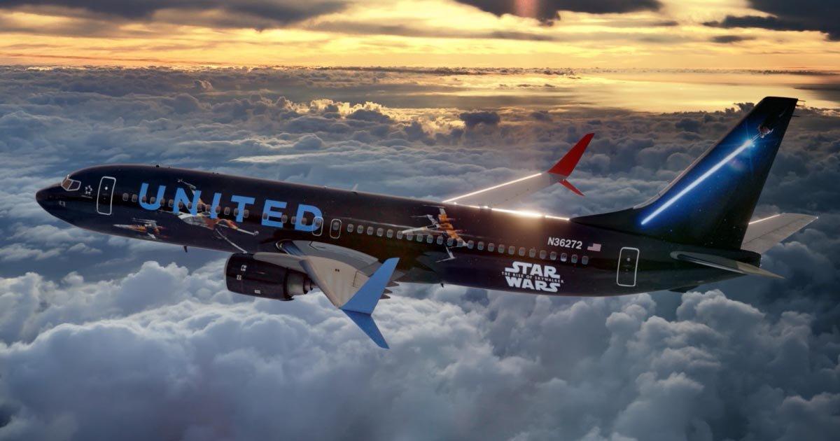 untitled design 47 1.png?resize=300,169 - L'avion à thème Star Wars de la compagnie aérienne United Airlines est prêt à prendre son envol