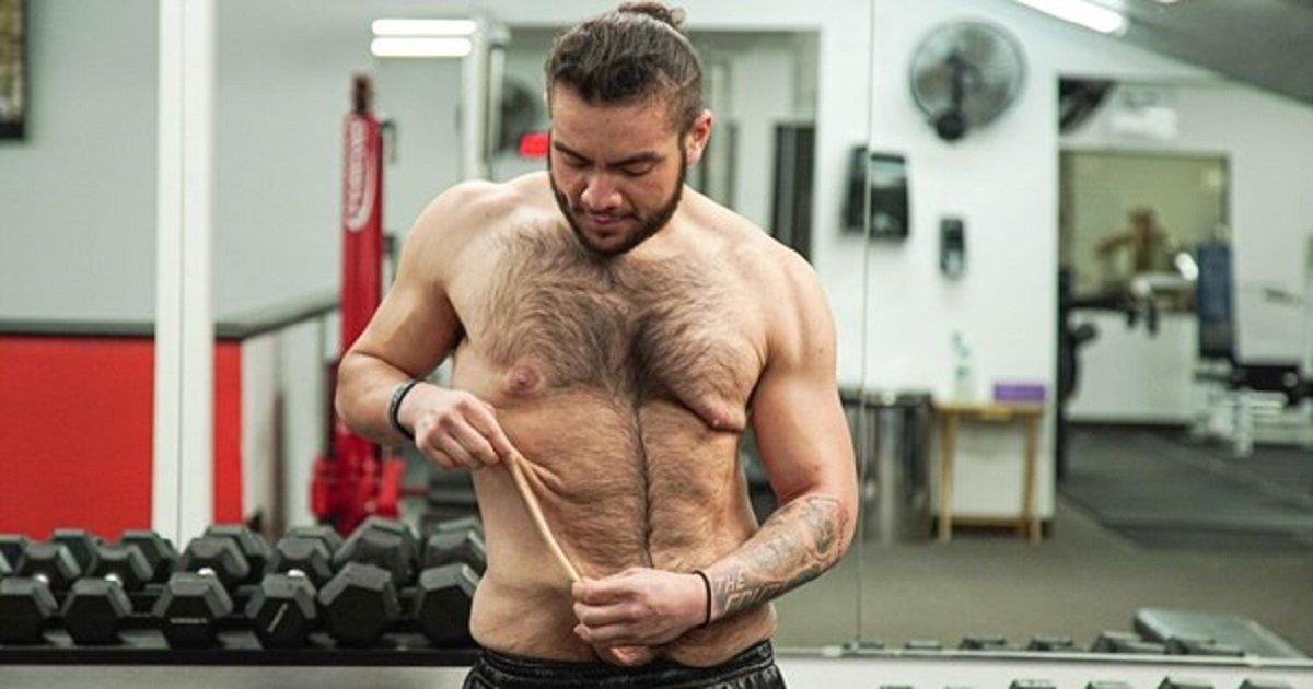 w3.jpg?resize=300,169 - Un jeune homme de 24 ans déterminé a surpris sa famille en perdant 80 kilos et en prenant sa vie en main
