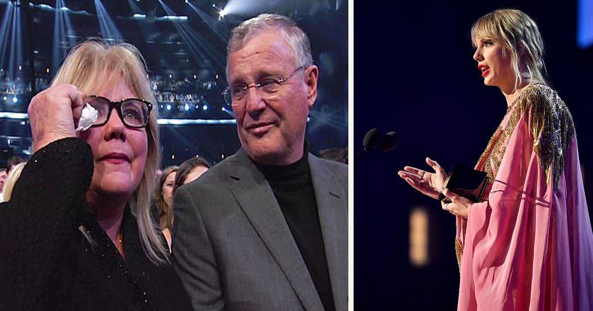 90.jpg?resize=300,169 - Le discours sincère de Taylor Swift aux American Music Awards a rendu sa mère Andrea émotive et l'a fait pleurer