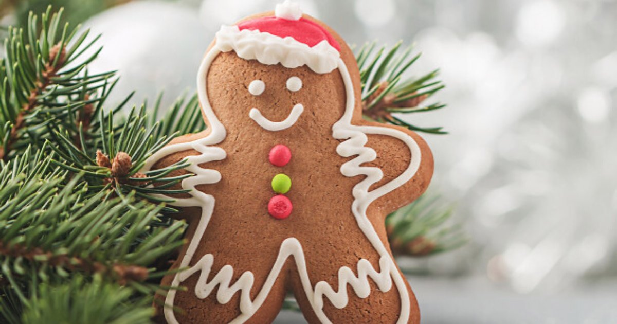 biscuit6.png?resize=412,232 - Cafe Sparked Heated Debate After Changing Gingerbread Men To 'Gingerbread People'