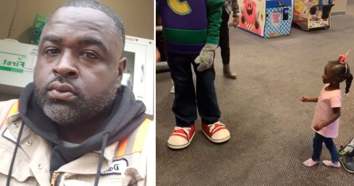 father accused chuck e cheese of racism.jpg?resize=412,232 - Father Slammed Chuck E Cheese For Ignoring His 3-Year-Old Daughter And Hugging Other Kids
