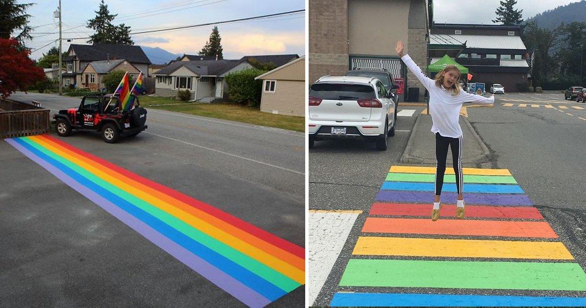 hahadf.jpg?resize=300,169 - Des citoyens Canadiens ont peint 16 passages piétons aux couleurs LGBT