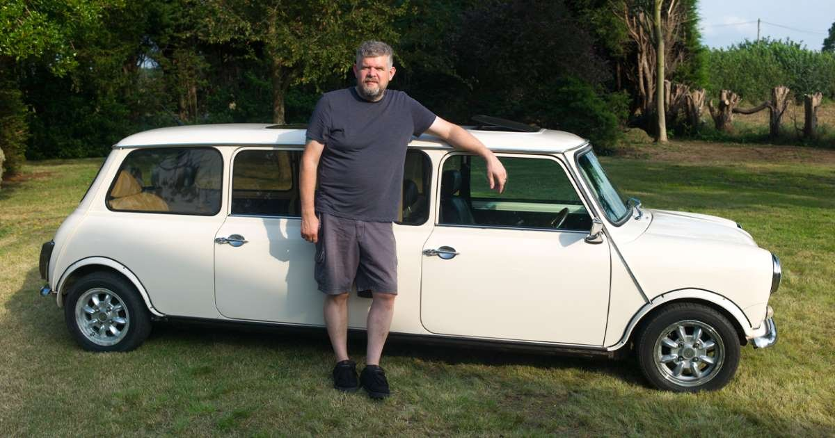 m3 1.jpg?resize=412,232 - This Man Transformed His Classic Mini Into A Stretch Limo